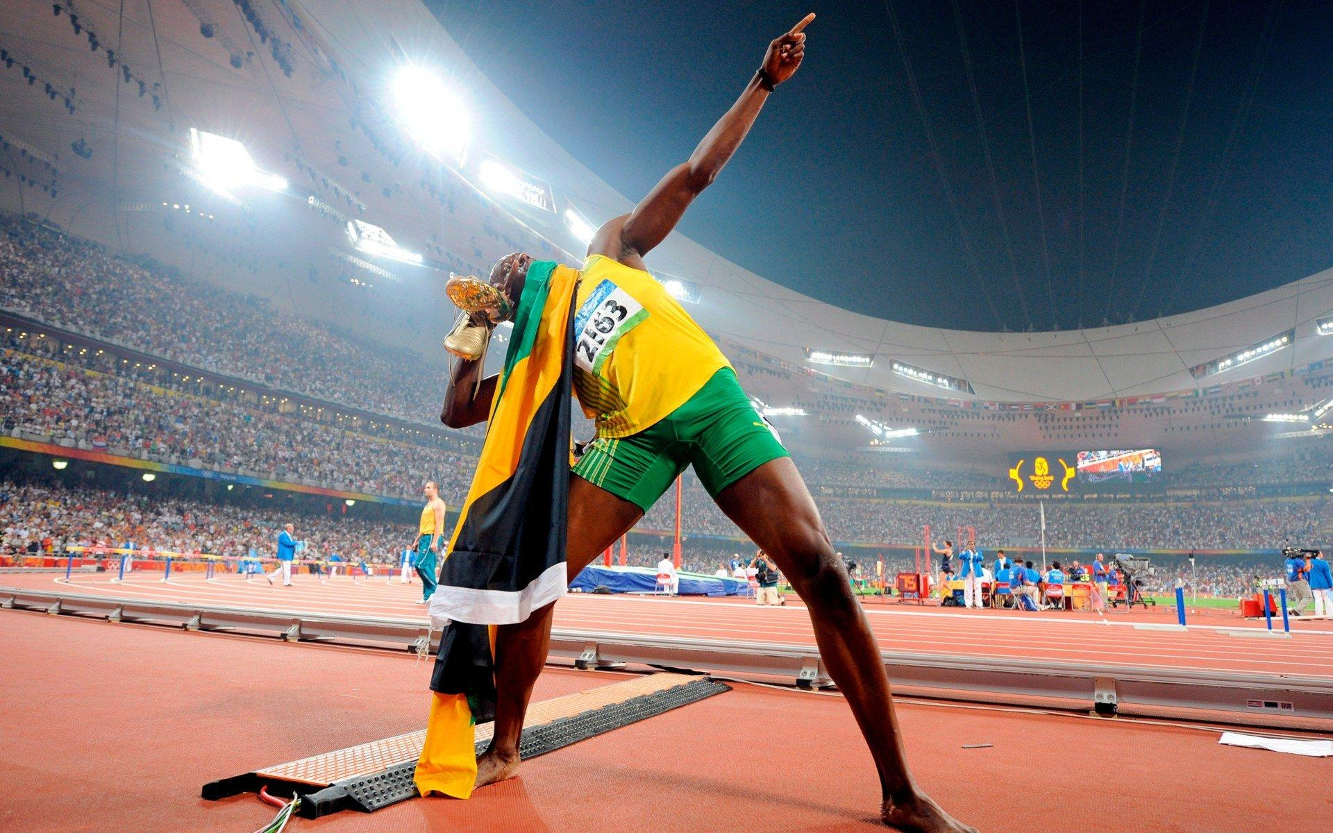 Usain Bolt Opens 2010 With A 9 86 In 100m  19 56 In 200m  30 97 In