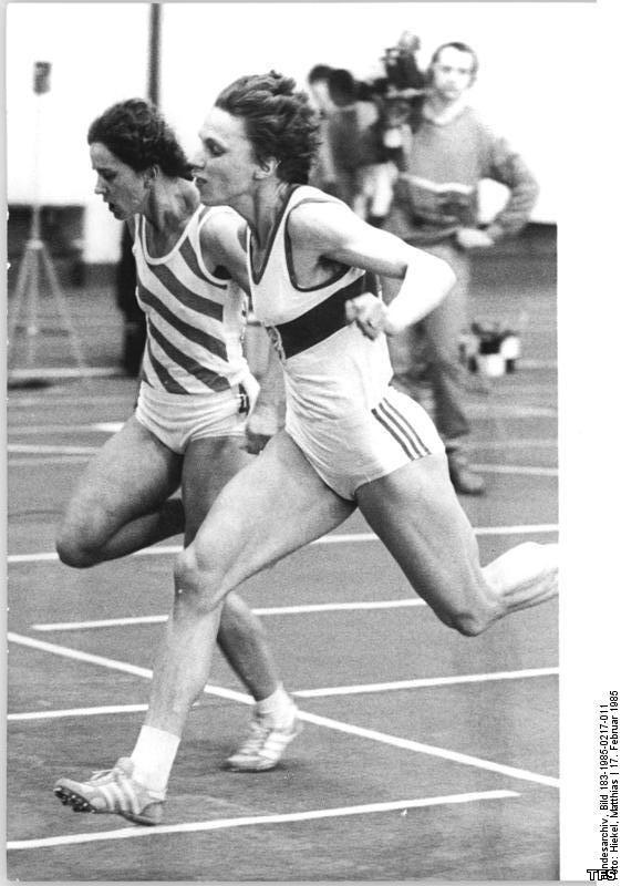 Marita koch legends publisher track and field society for Koch 400m world record
